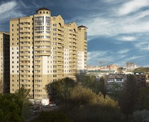 Project of 18-storey residential house with underground parking